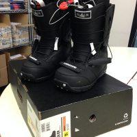 Snowboard Ride, Scarponi Burton, attacchi DRAKE